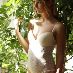 natural-art-porn-charlise-bella-101..jpg