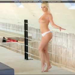 20201015-Natural art porn - Rossella Visconti (4).jpg